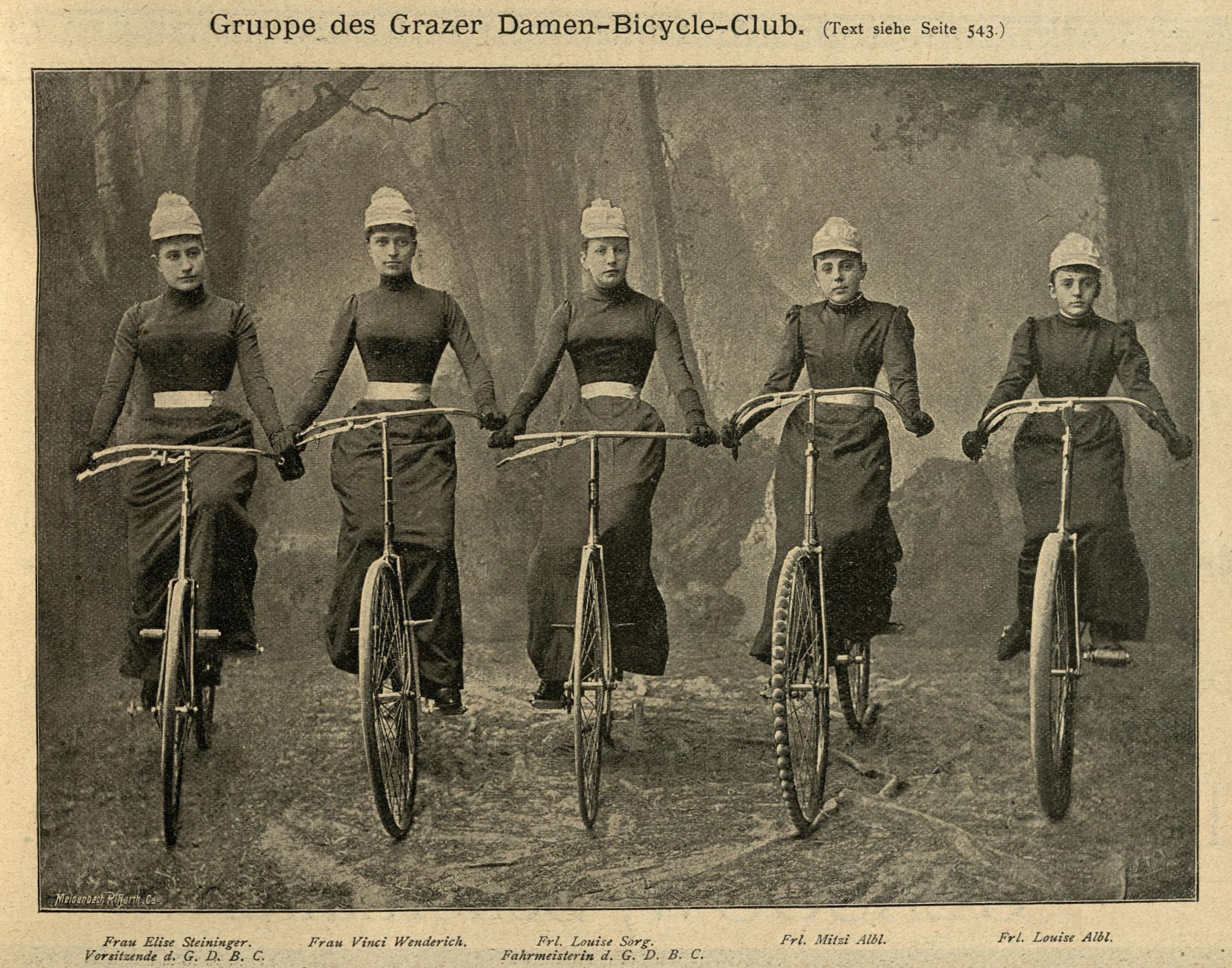 Gruppe des Grazer Damen-Bicycle-Clubs