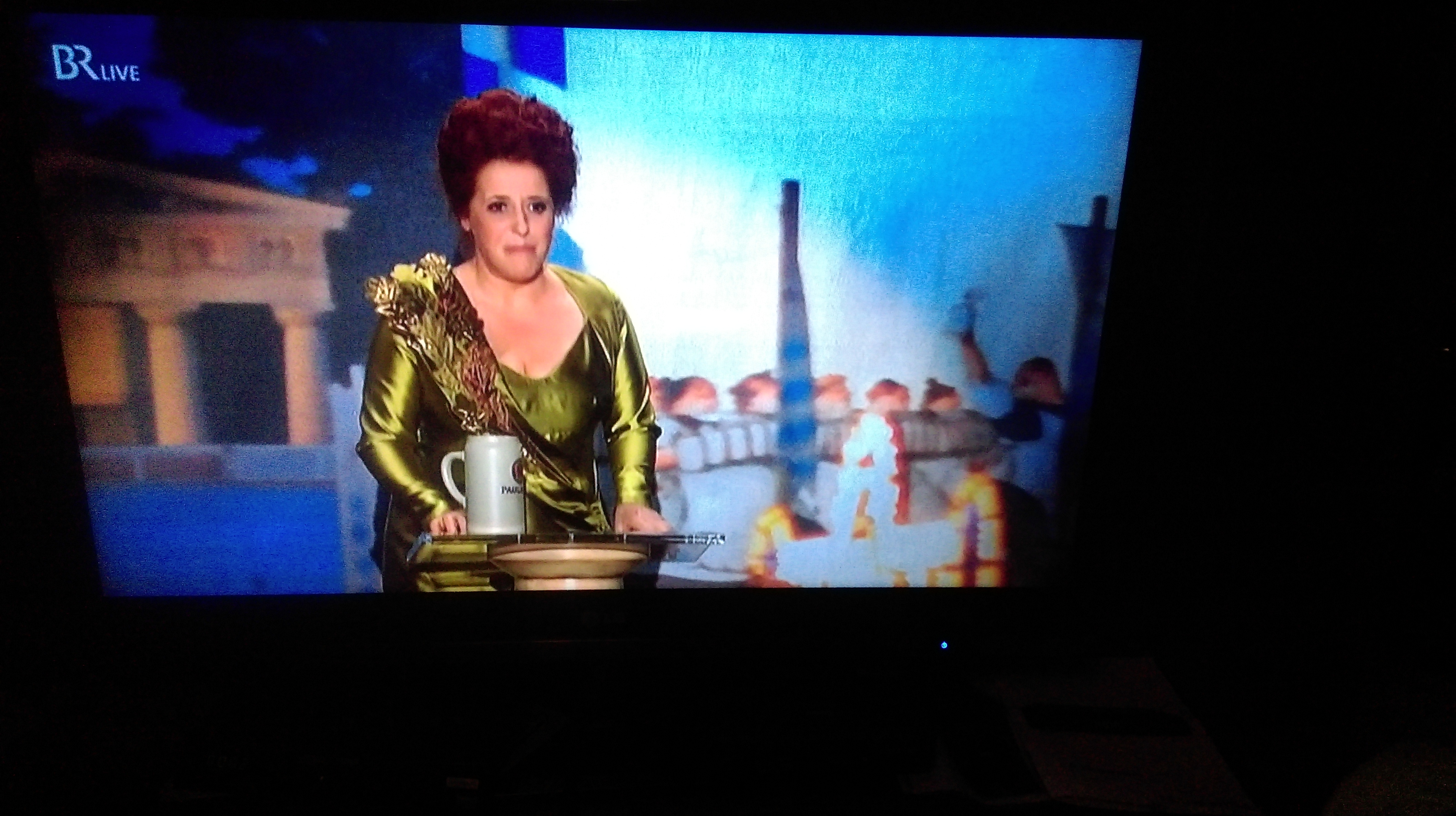 "Luise Kinseder als ""Bavaria"" beim Nockherberg 2017"