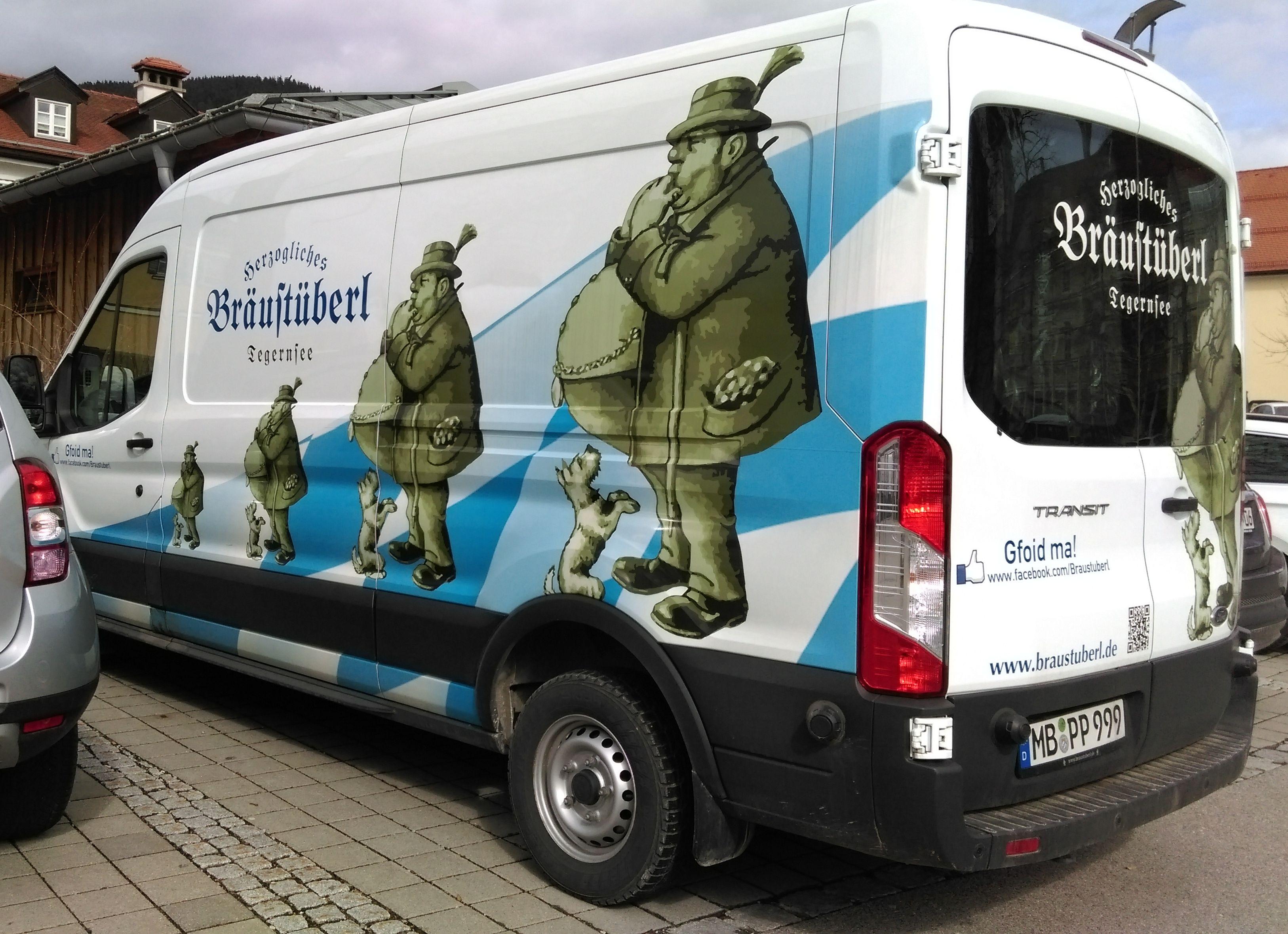 "Auf dem Parkplatz des ""Bräustüberls"""