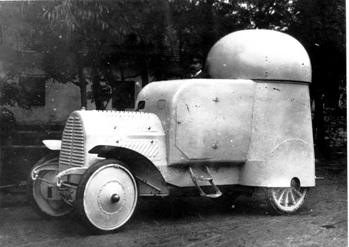 Bild: Der Austro-Daimler-Panzerspähwagen