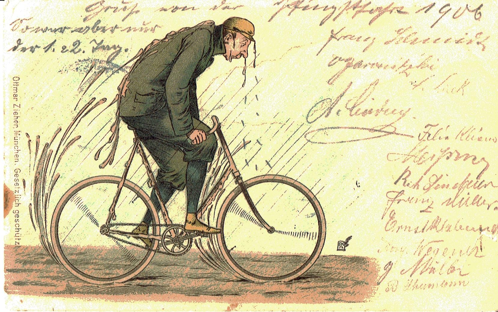 Ein Radfahrer, der (ohne Schutzblech) durch eine schlammige Straße fährt