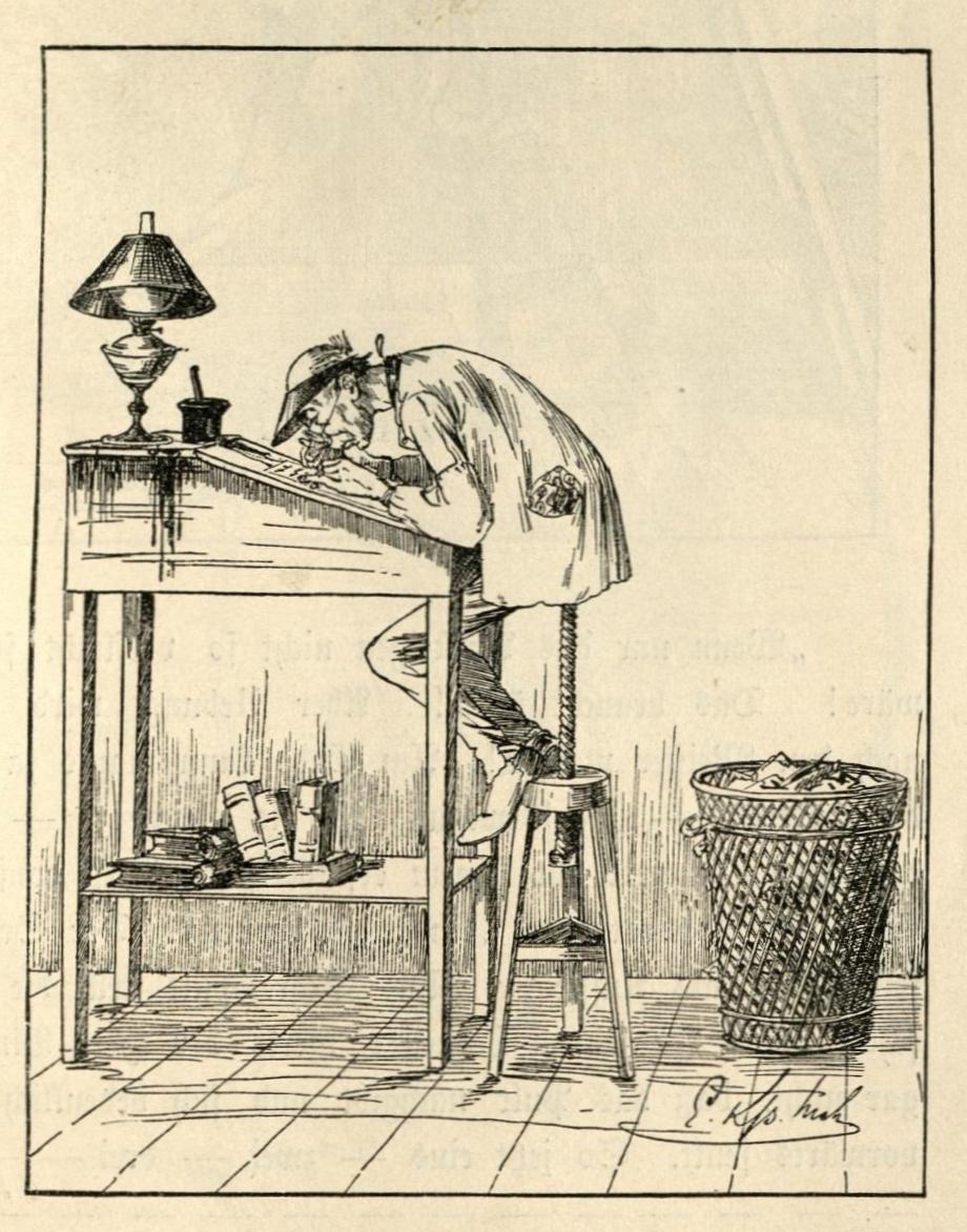 Buchhalter Bimmerl sitzt krummgebeugt am hohen Schreibpult